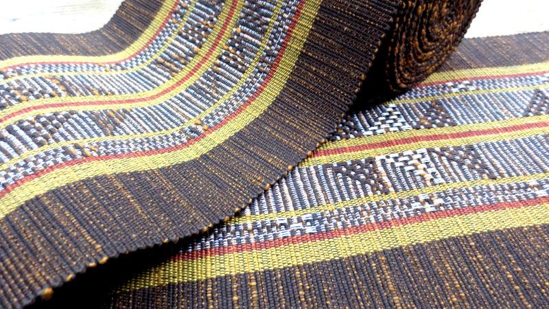 杢糸使いの茶色い帯