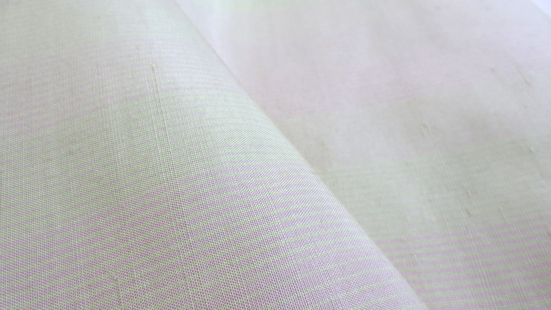 縞柄の牛首紬の生地