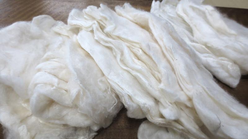 沢山の真綿袋