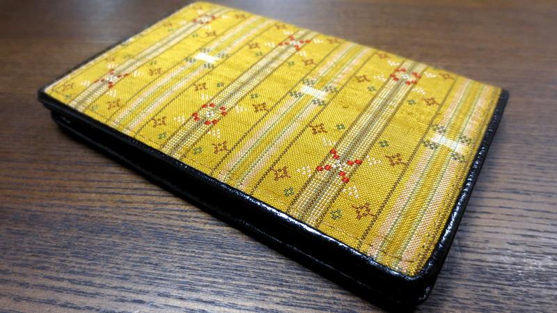 読谷山花織の名刺ケース